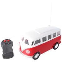 Retrobus Bulli RC-Model im Maßstab 1:24 Farbe rot inklusive 5 AA Mignon Batterien Produktfoto